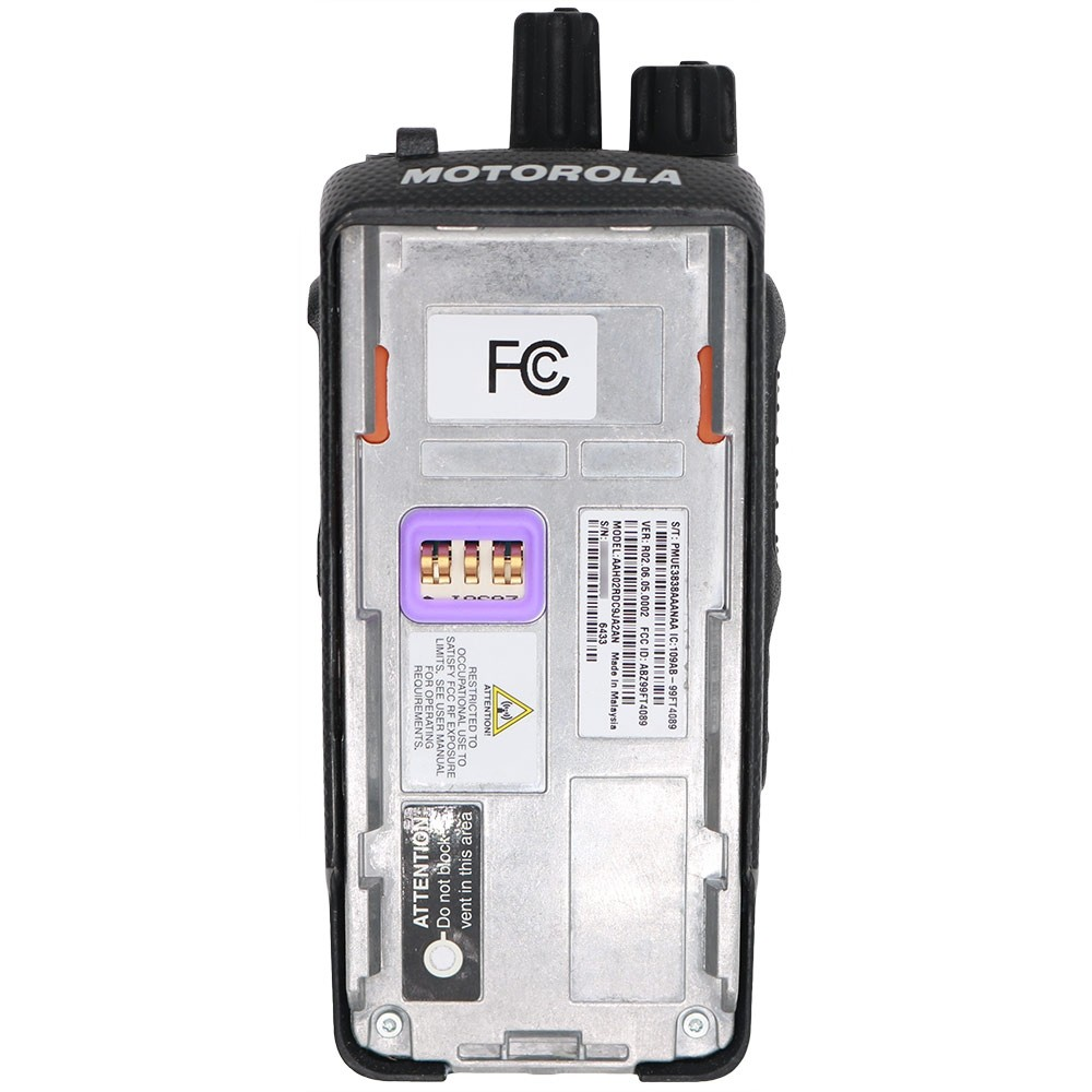 Motorola XPR 3300 UHF MOTOTRBO Portable